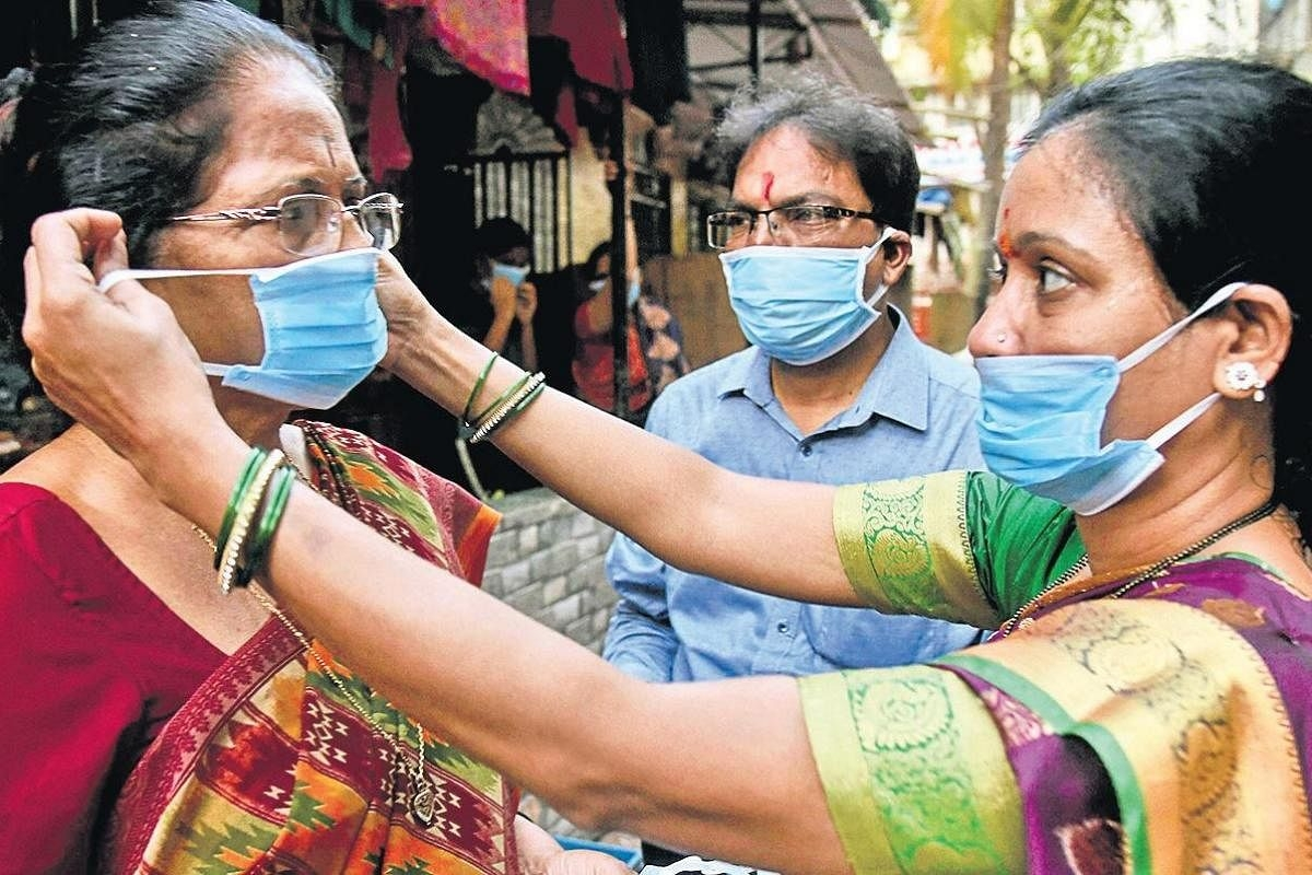 Significant dip in people without masks in the city