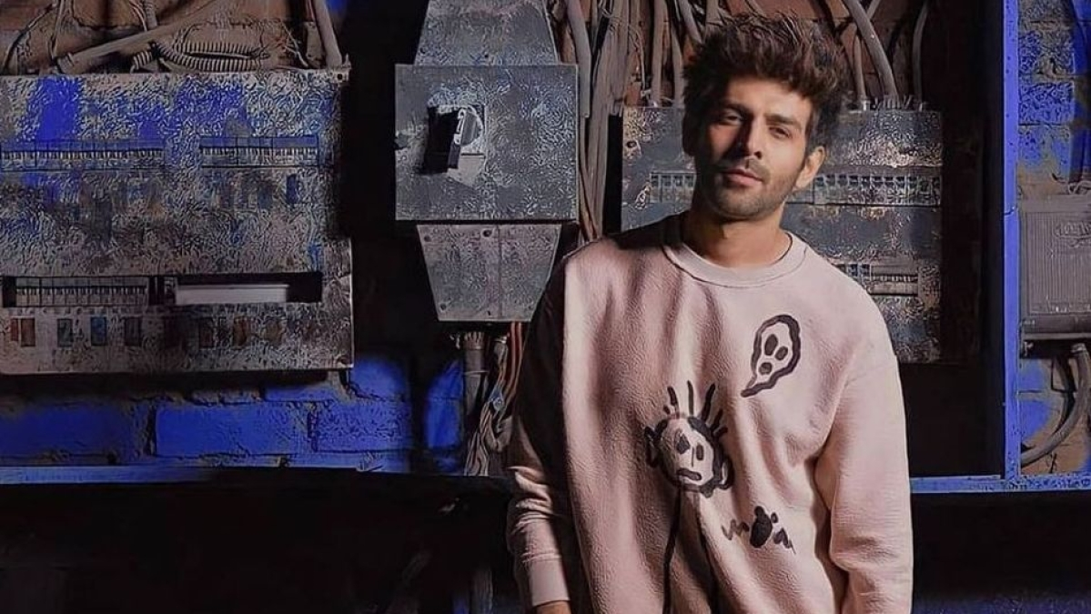 Kartik Aaryan tweets for this first time since 'Dostana 2' controversy, pleads for an ambulance