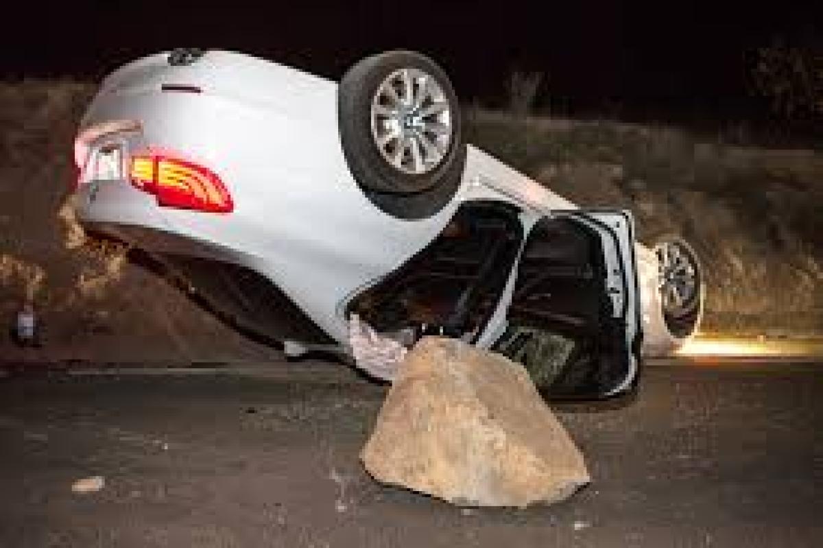 Madhya Pradesh: Three killed, two injured as car overturns after hitting a rock in Raisen
