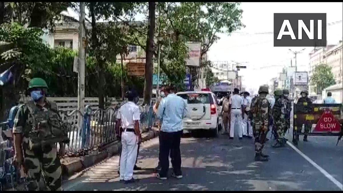 West Bengal polls: Bomb hurled in north Kolkata, EC seeks report