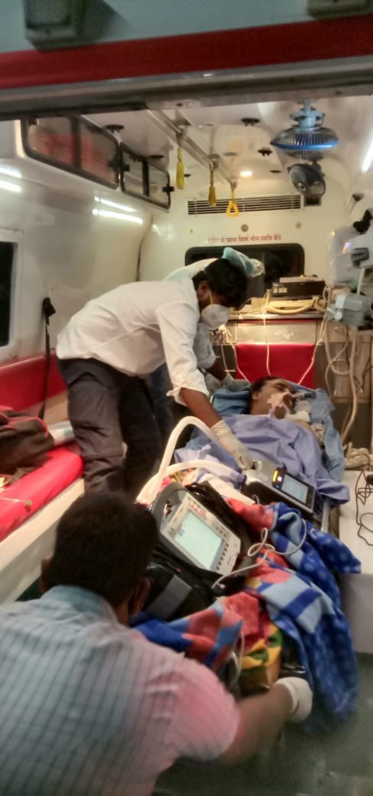 Madhya Pradesh: Covid-positive pulmonologist airlifted to Hyderabad