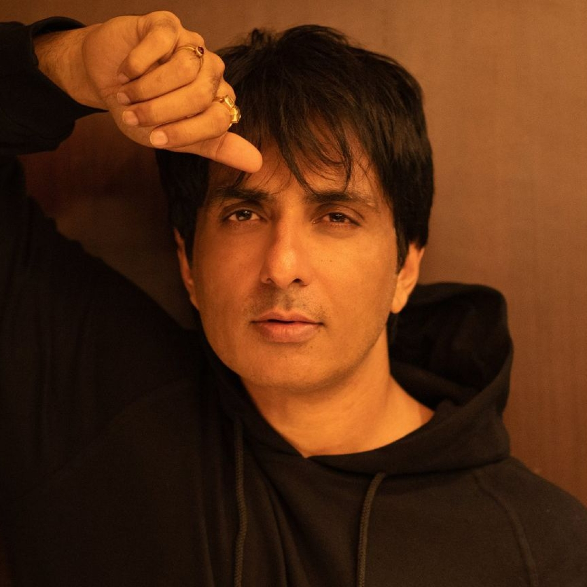 Sonu Sood tests positive for COVID-19 10 days after getting vaccinated