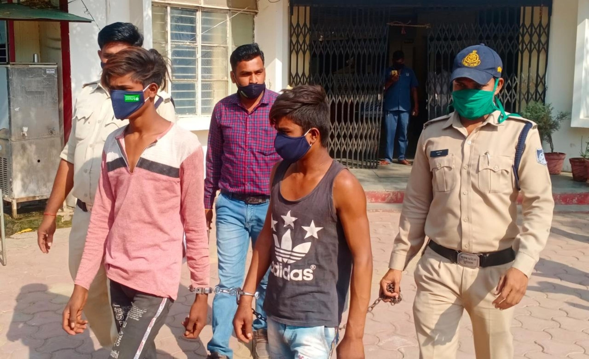 2 teenagers, one mechanic and another electrician, arrested for multiple thefts in Madhya Pradesh's Bhikangaon