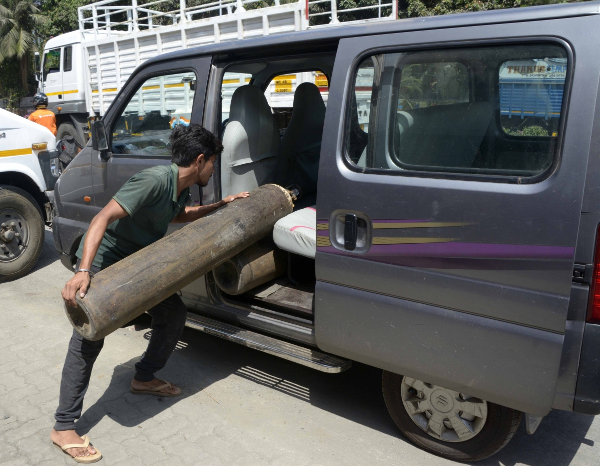 Ensure adequate security to oxygen-transporting vehicles: Home Ministry writes to States, UTs