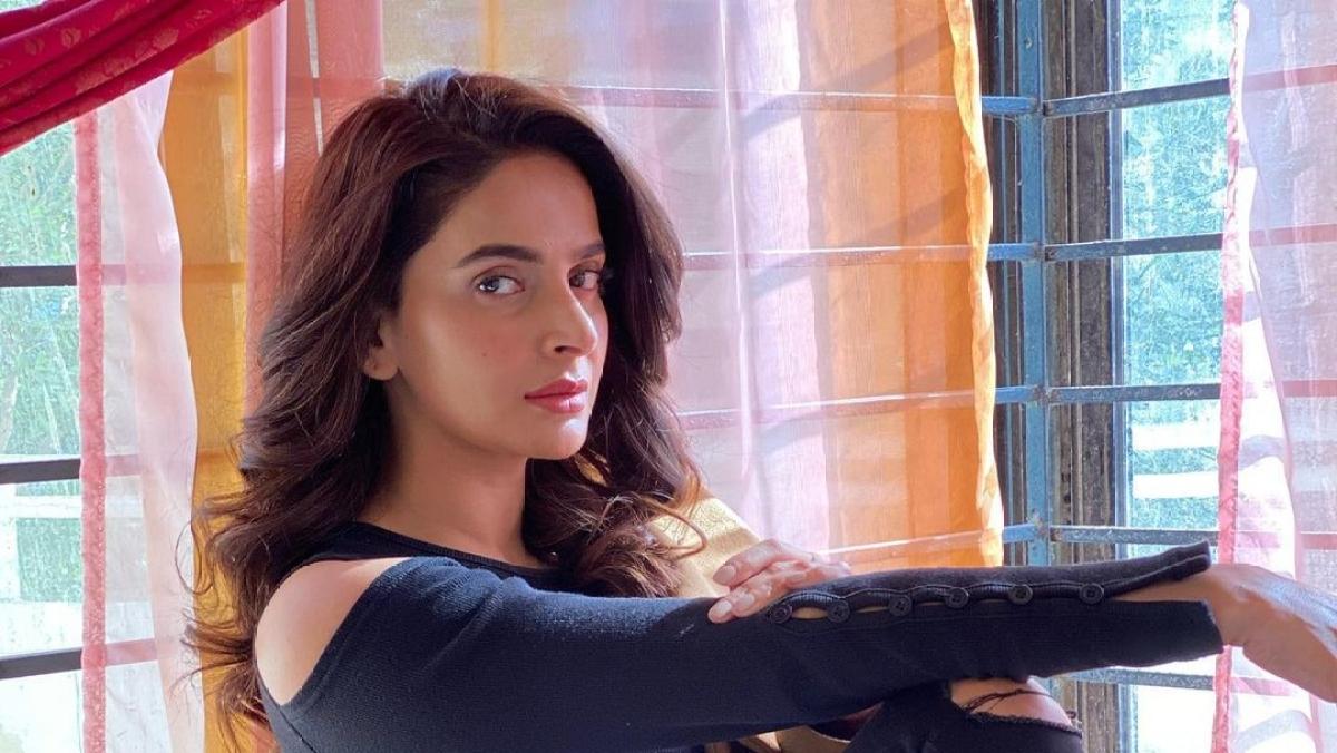 'Hindi Medium' actress Saba Qamar calls off wedding with Azeem Khan after sexual harassment allegations