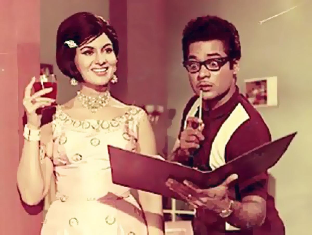 Shashikala with Jagdeep in Teen Bahuraniyan