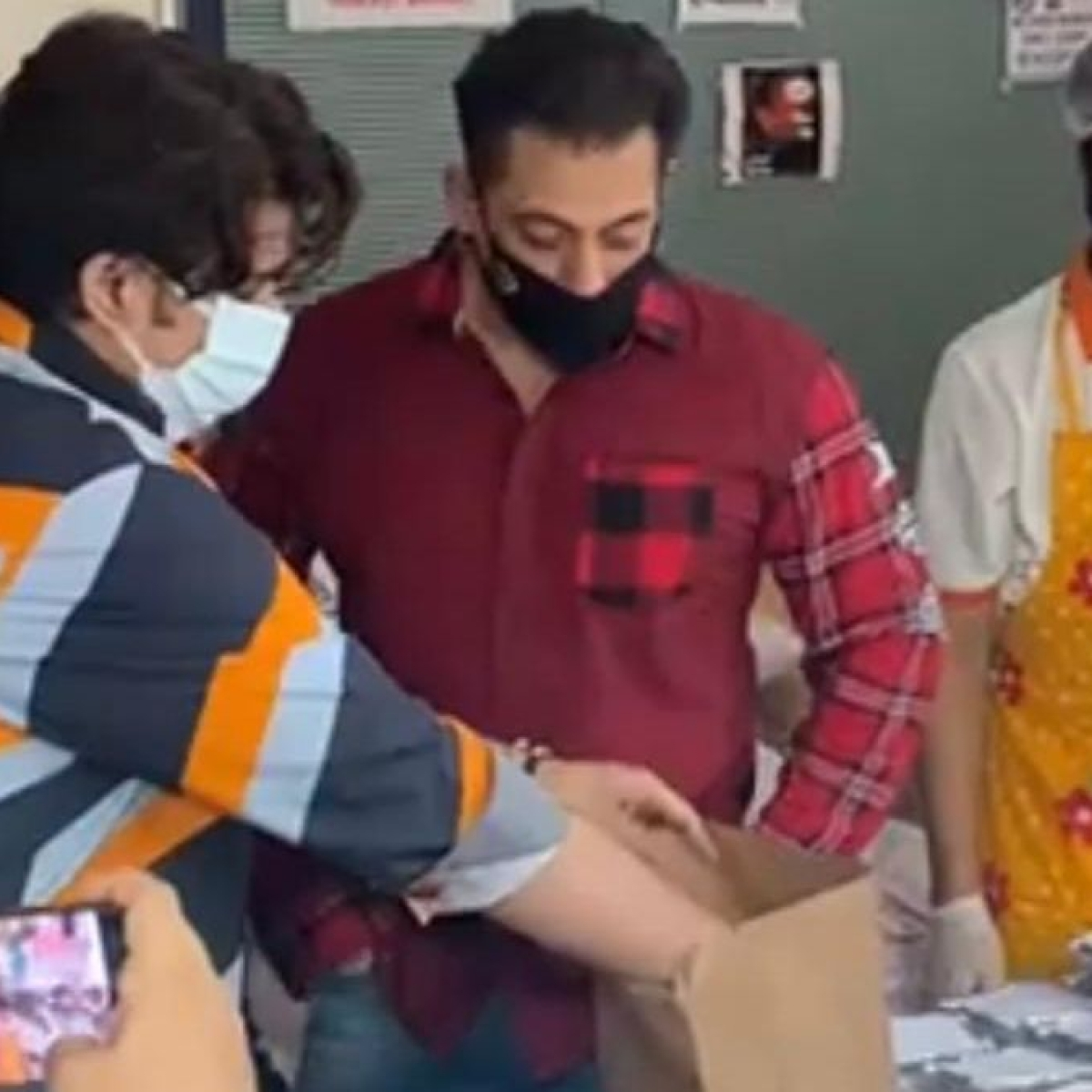 Watch: Video of Salman Khan tasting food before sending out to Mumbai's COVID-19 frontline workers, goes viral