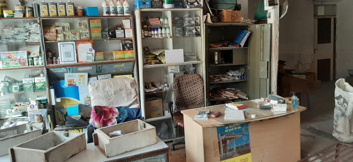 Madhya Pradesh: Police arrive with dog squad in Badi Khattali village as grocery shop, teacher's house burgled in Alirajpur district