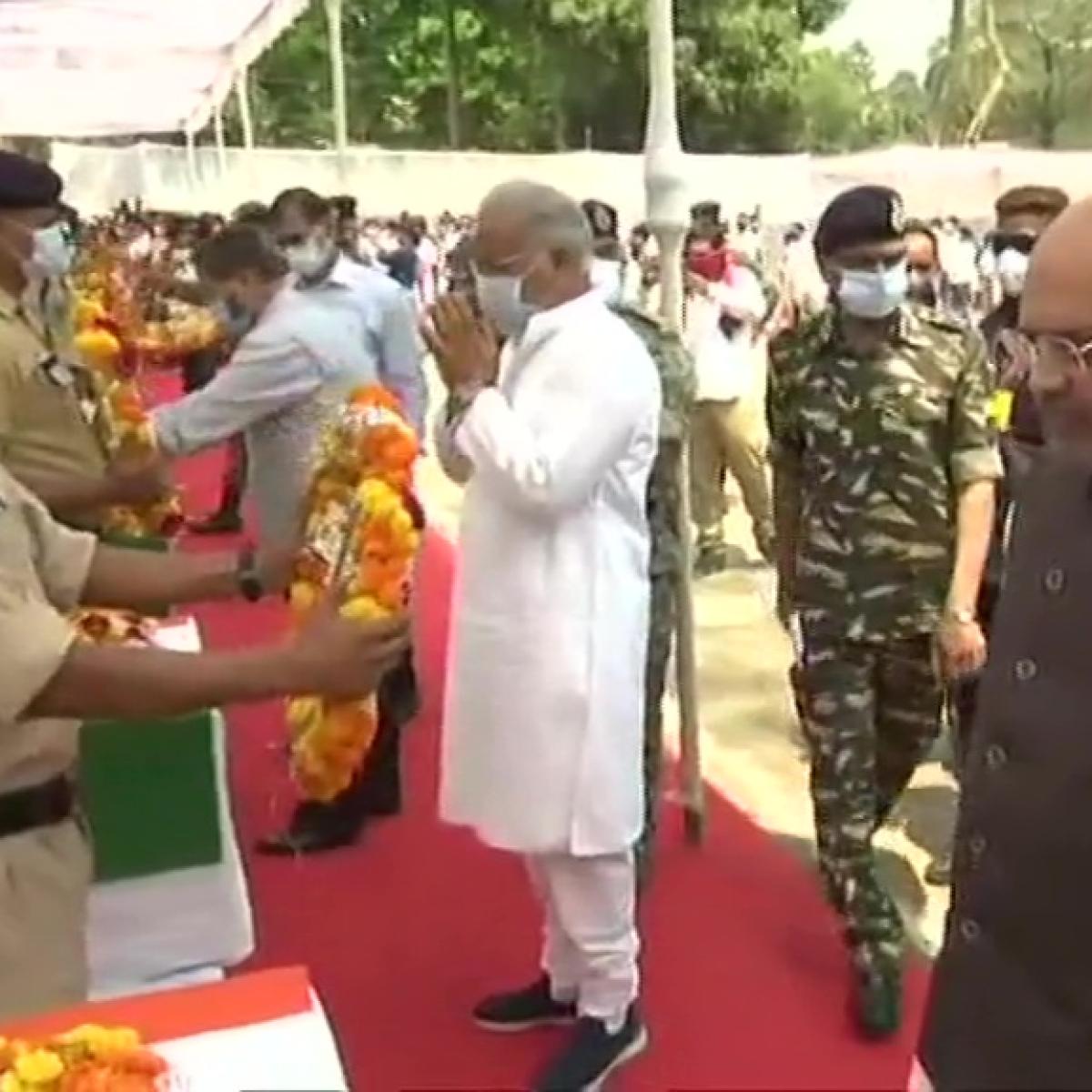 Amit Shah, CM Bhupesh Baghel pay tributes to jawans killed in Chhattisgarh naxal attack