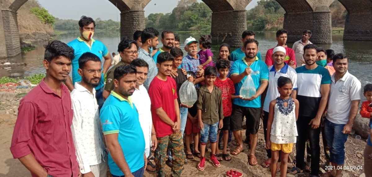 Ulhasnagar: Fishes to save Ulhas river from getting polluted; locals release over 20,000 fishes