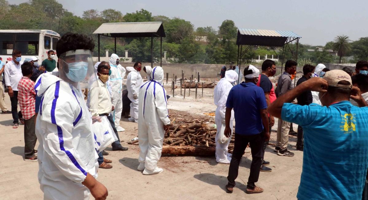 Kin flooding Bhopal crematoriums pose a grave Covid threat