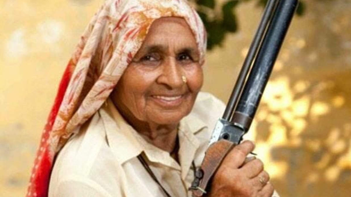 'Fierce lady who is inspiration to many': Twitter mourns demise of Shooter Dadi Chandro Tomar