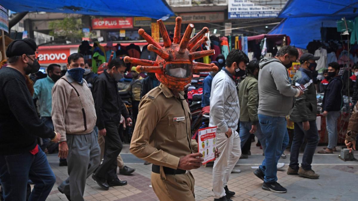Top scientists say 'mutants, sluggish vaccine drive, carelessness' behind COVID-19 surge in India