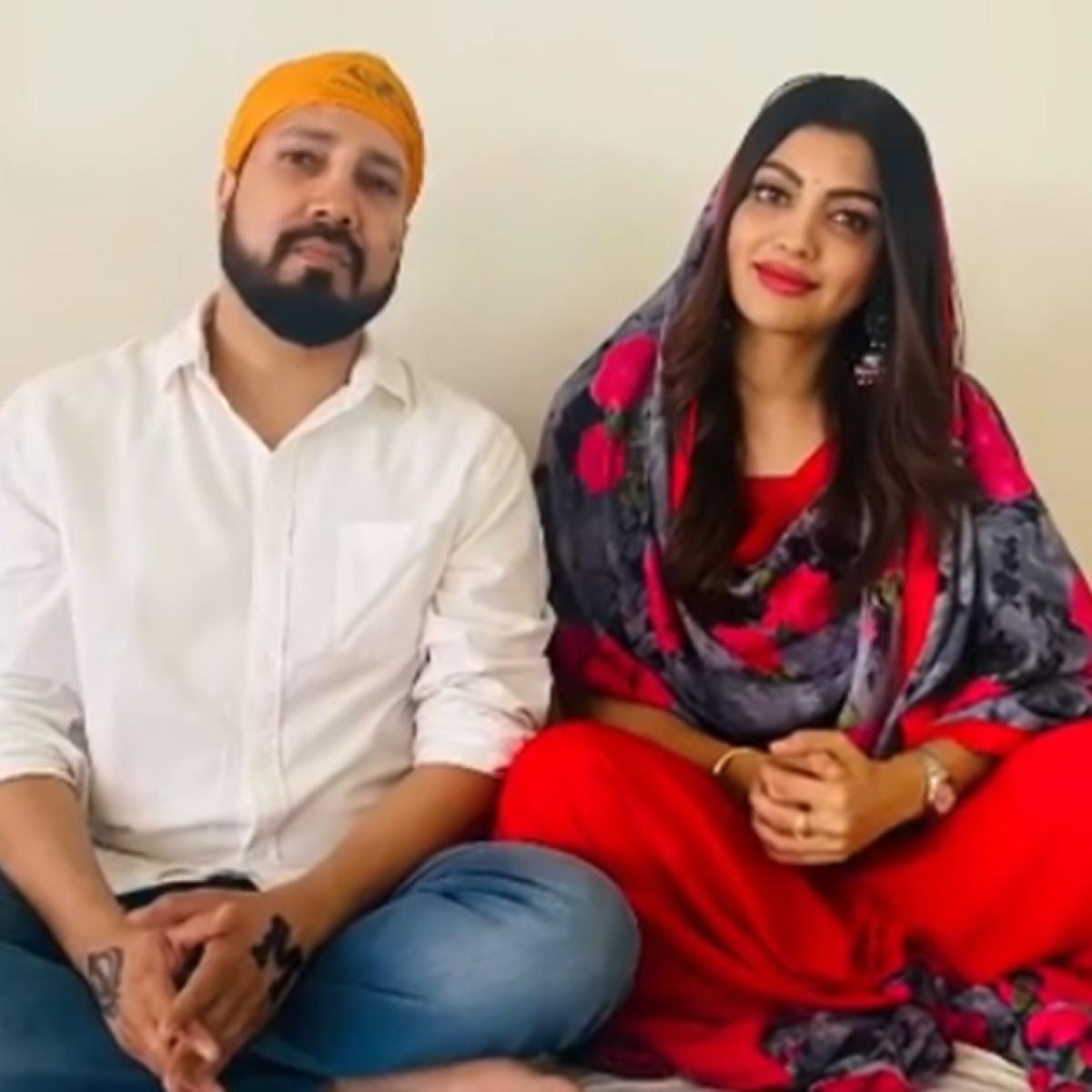 Mika Singh dating 'Bigg Boss 13' contestant Paras Chhabra's ex-girlfriend Akanksha Puri?