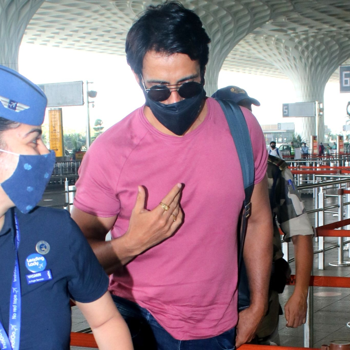 Watch: COVID-19 negative Sonu Sood obliges for a selfie with flight attendant at Mumbai airport