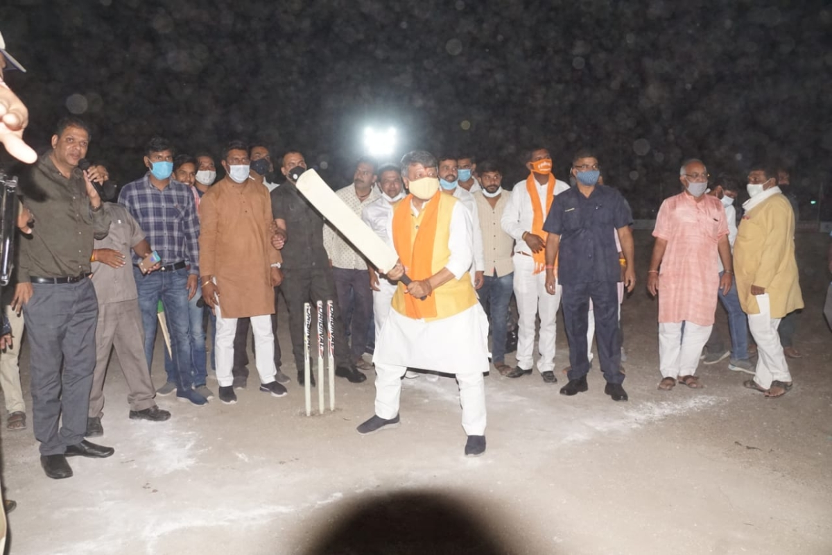 Cricket in Indore: Raukhedi, Nanod teams win night cricket matches