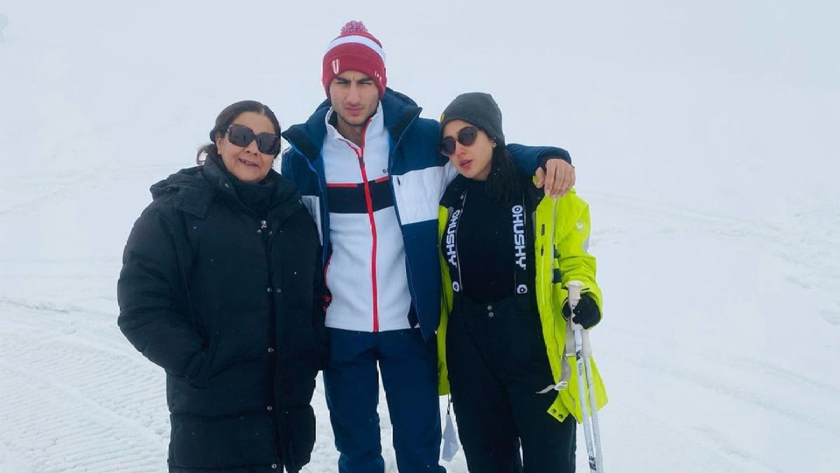 Sara Ali Khan shares memories from Kashmir trip with brother Ibrahim Ali and mother Amrita Singh; check out pics, videos