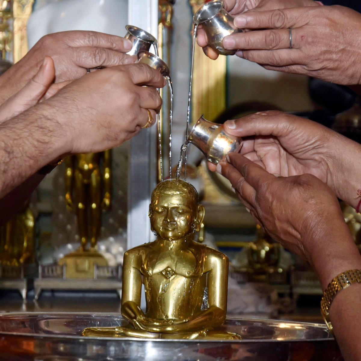Mahavir Jayanti 2021: Wishes, Greetings, SMS, Quotes to send on WhatsApp, Facebook, Instagram