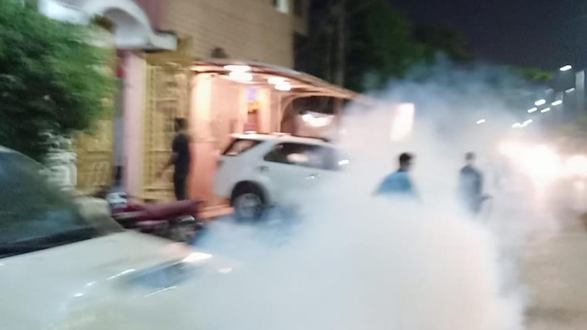 Indore: Already reeling under Corona-sting, IMC starts fogging to curb mosquito menace