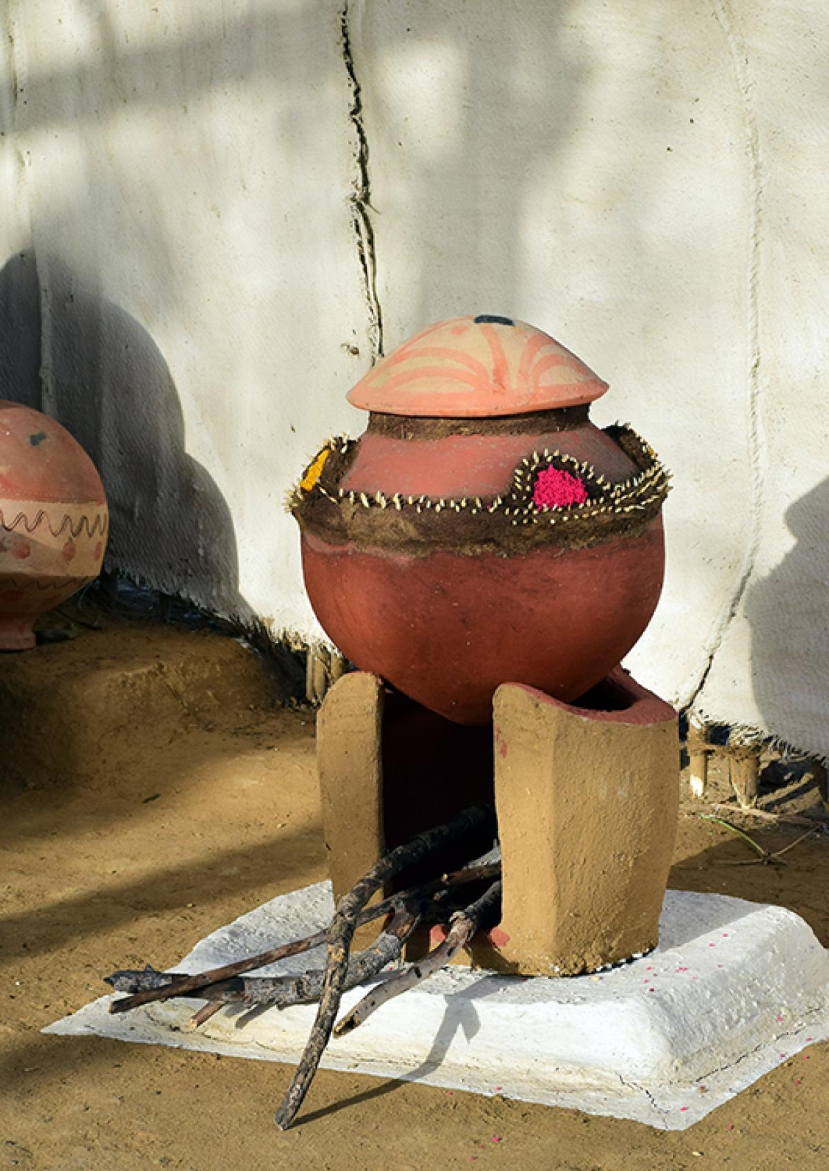 Pot on chulah