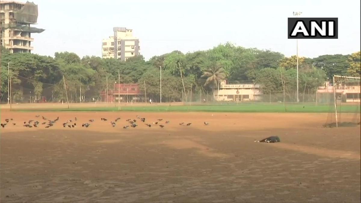 Visuals from Shivaji Park in Dadar, Mumbai during the weekend lockdown in Maharashtra on April 11, 2021.