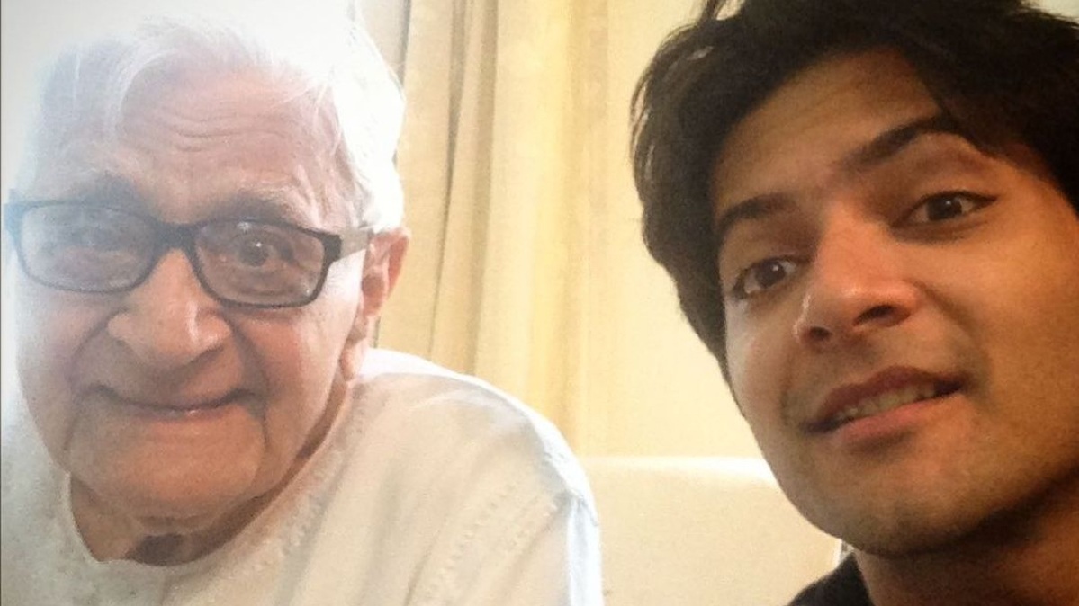 'He fathered me': Ali Fazal's grandfather passes away, actor pens heartbreaking note