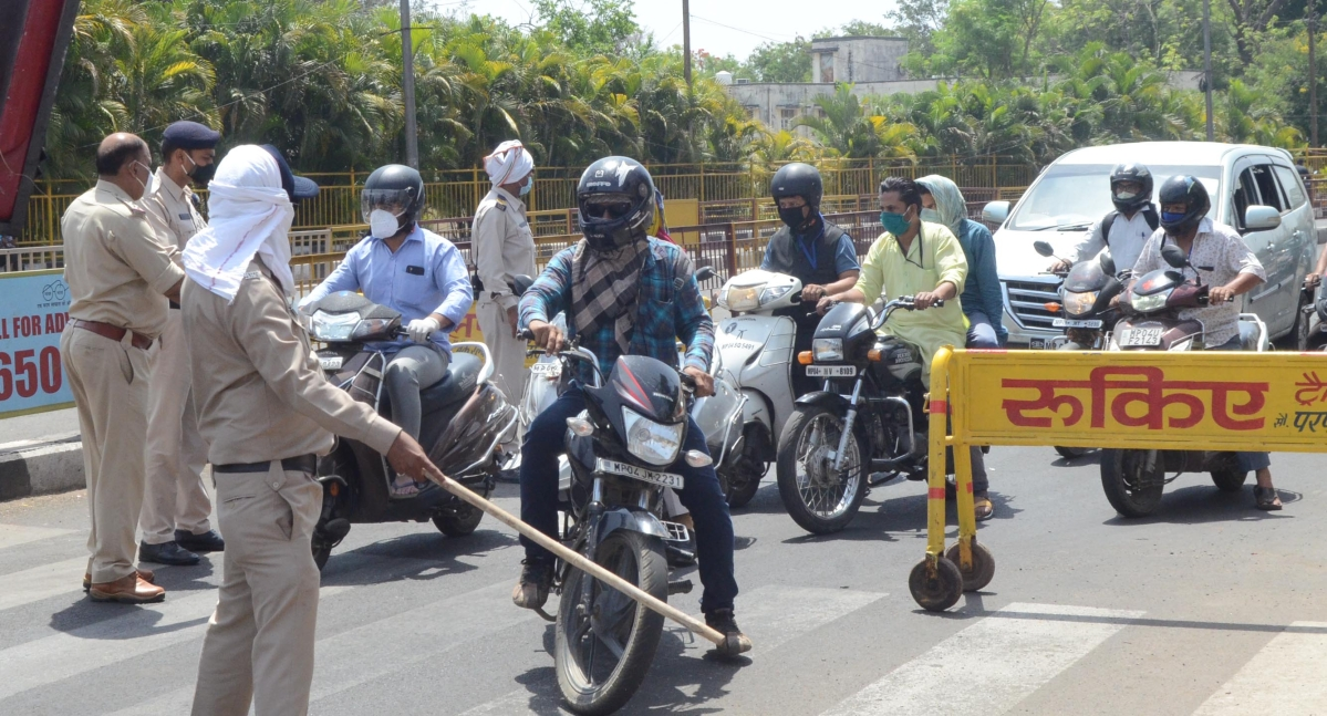 Police conducting checking drive in Bhopal.