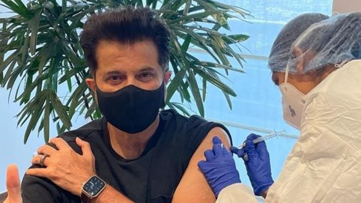 Anil Kapoor receives second shot of COVID-19 vaccine; check out son Harshvardhan's comment questioning eligibility