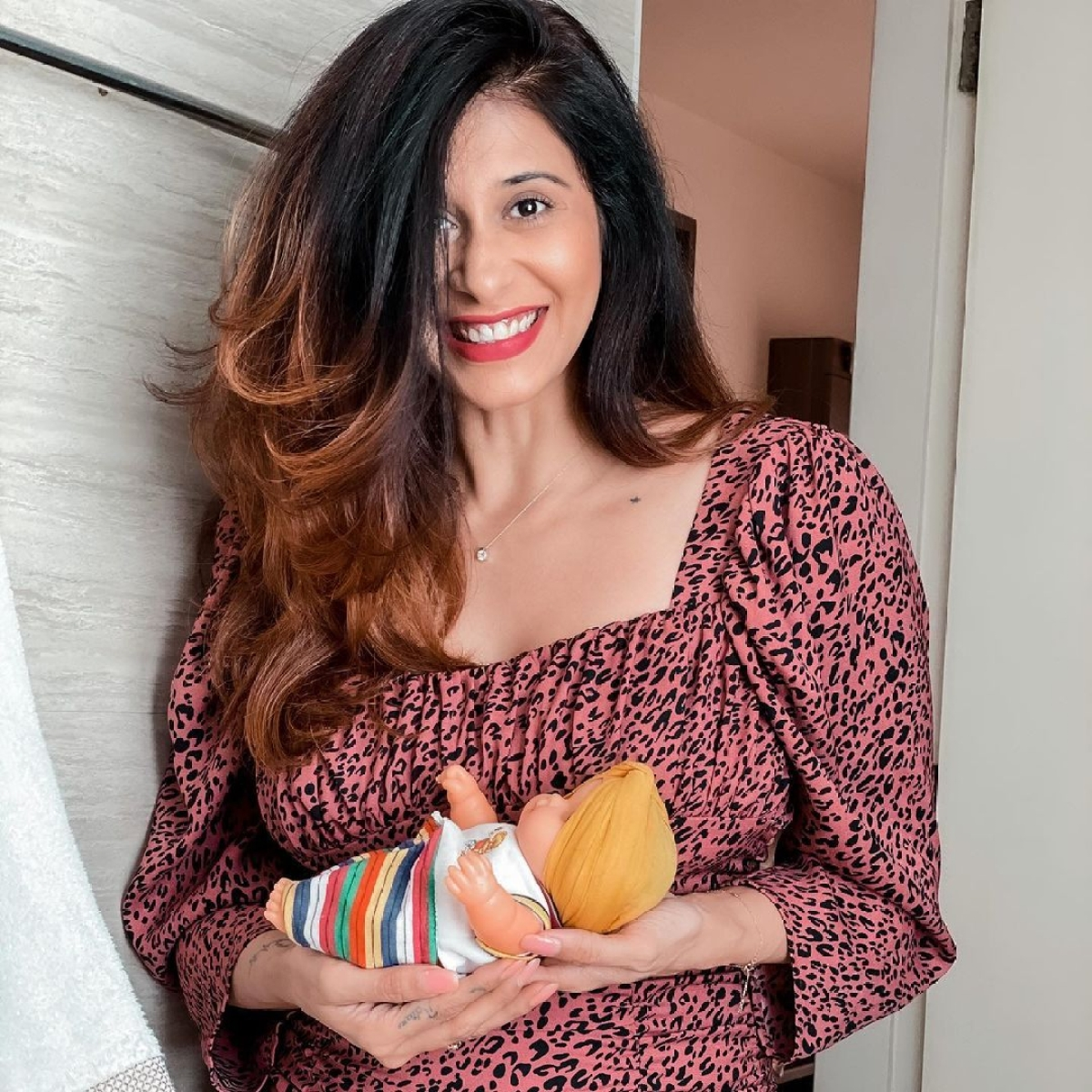 'For my sanity and my baby': Mom-to-be Kishwer Merchantt will stay away from news that makes her 'anxious'