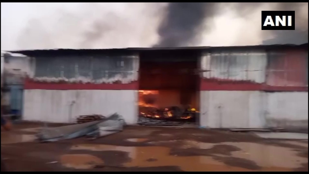 Thane: Fire breaks out at Aircel Sanitizer Company in Asangaon, doused later