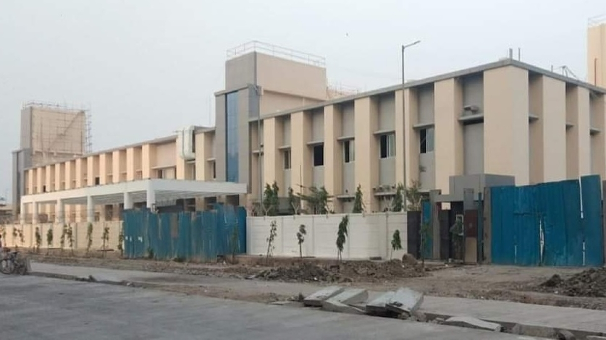 Mumbra: Delay in construction of municipal hospital forces citizens to knock doors of private hospitals