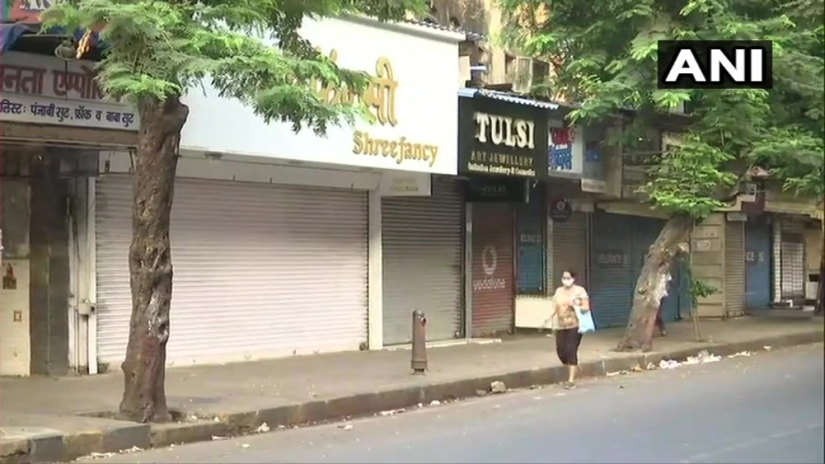 Shuttered shops and empty streets: Mumbai stays indoors as 'janata curfew' begins amid rising COVID-19 cases