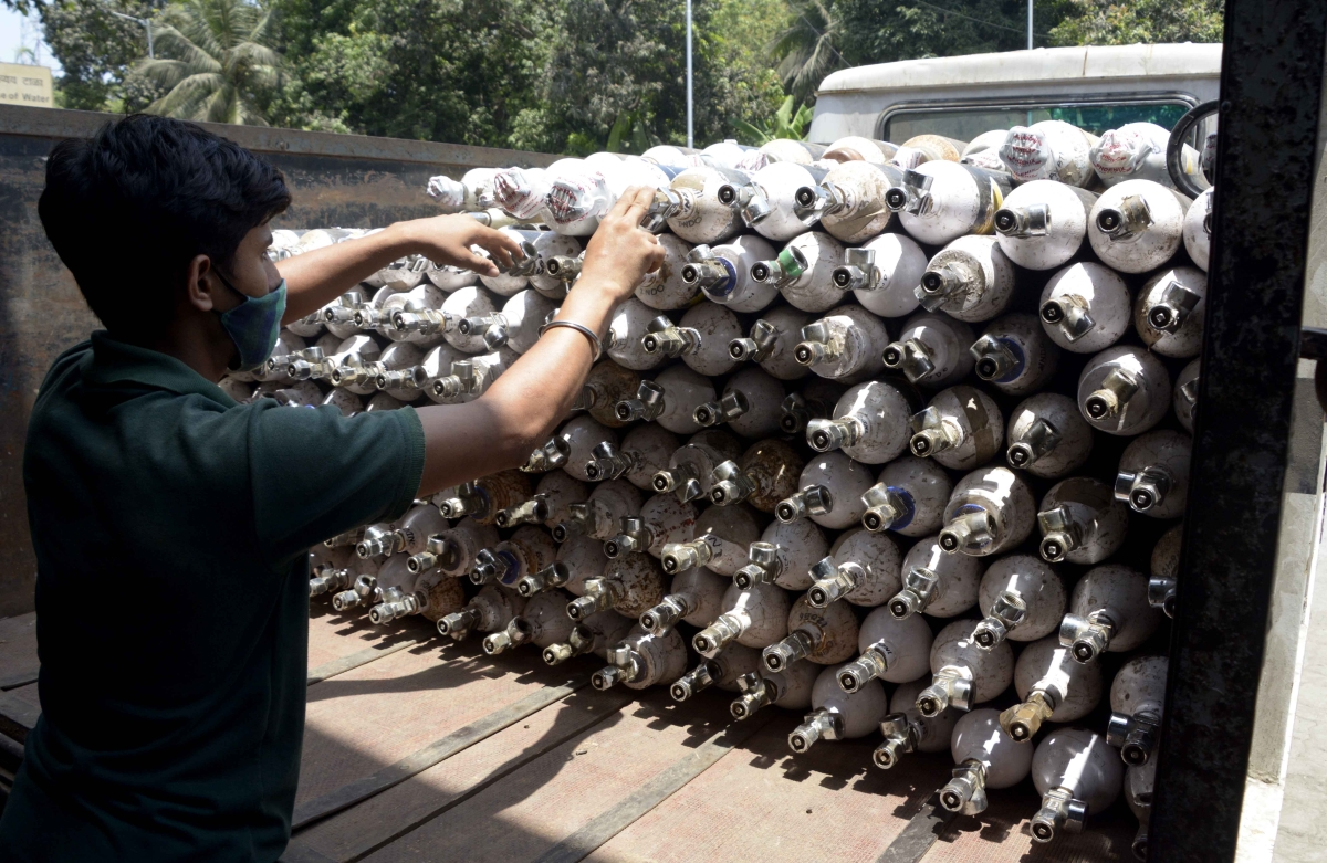 Mumbai: No delay in oxygen cylinder procurement, says BMC
