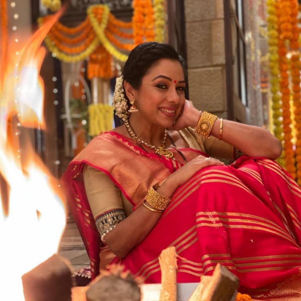 'Anupamaa' actress Rupali Ganguly tests positive for COVID-19, says 'pata nahi kahan se kaise ho gaya'