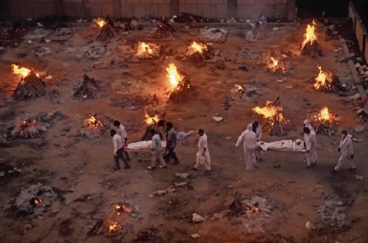 Mass cremations in Delhi