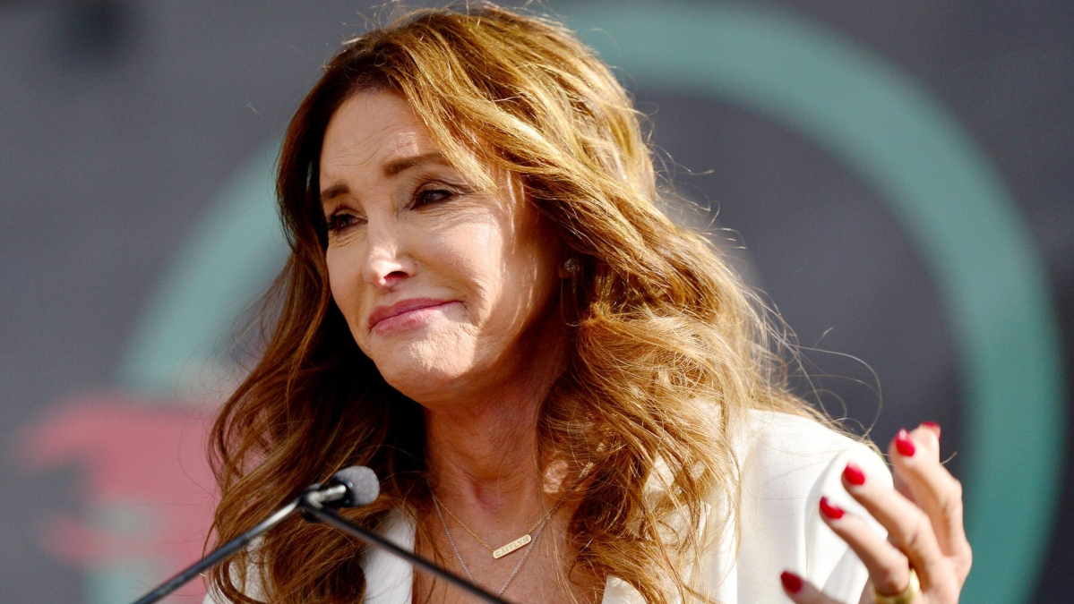 Reality TV star Caitlyn Jenner announces she's contesting for California governor