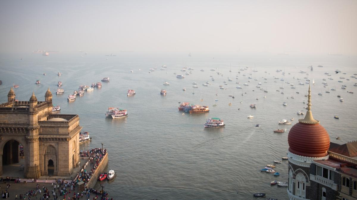 Mumbai: Latest updates - Cyclone Tauktae wreaks havoc on Maharashtra coast, but no casualties