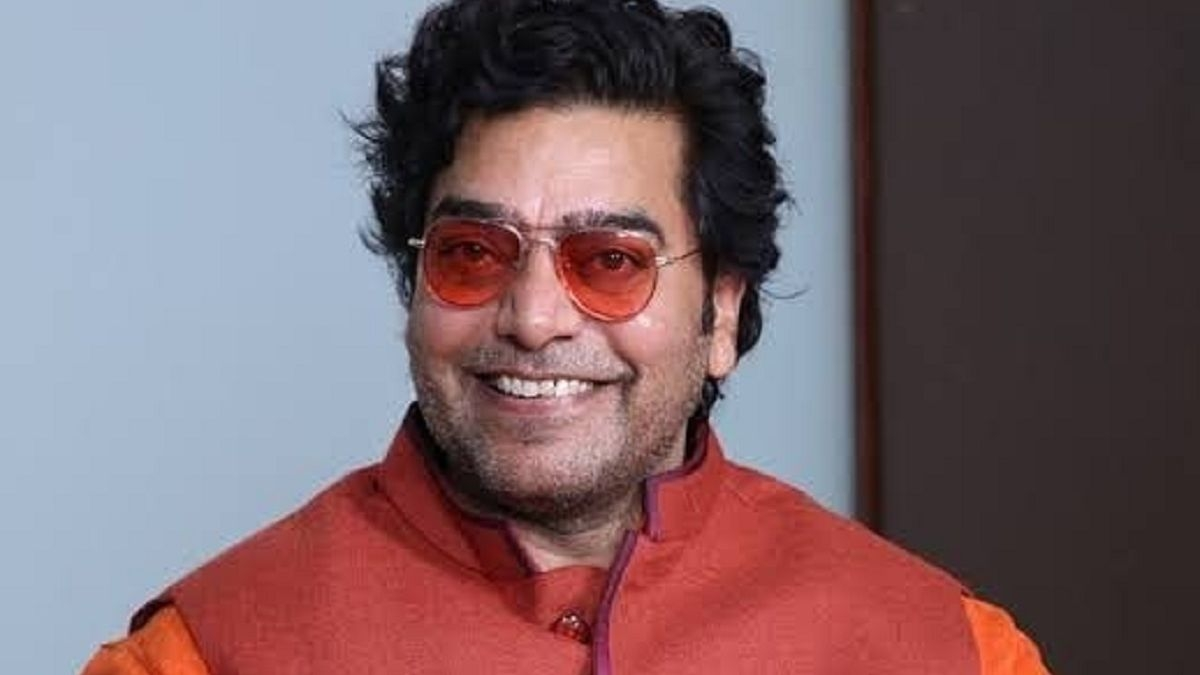 Ashutosh Rana tests COVID-19 positive a week after taking first dose of vaccine