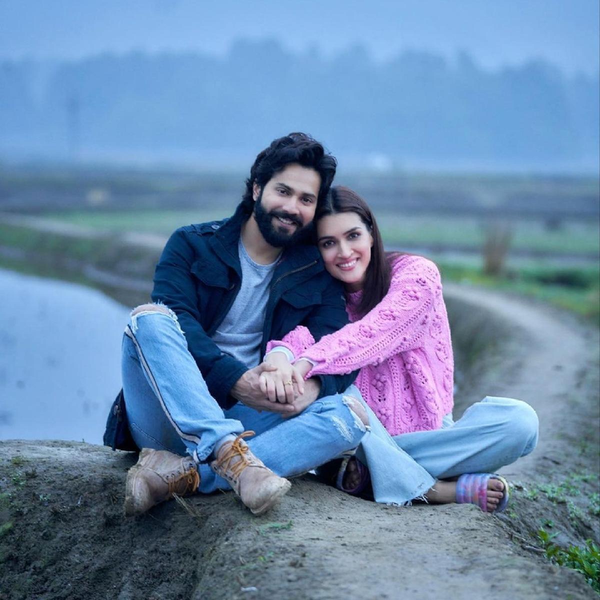 Kriti Sanon wraps up 'Bhediya' schedule, pens sweet note for co-star Varun Dhawan