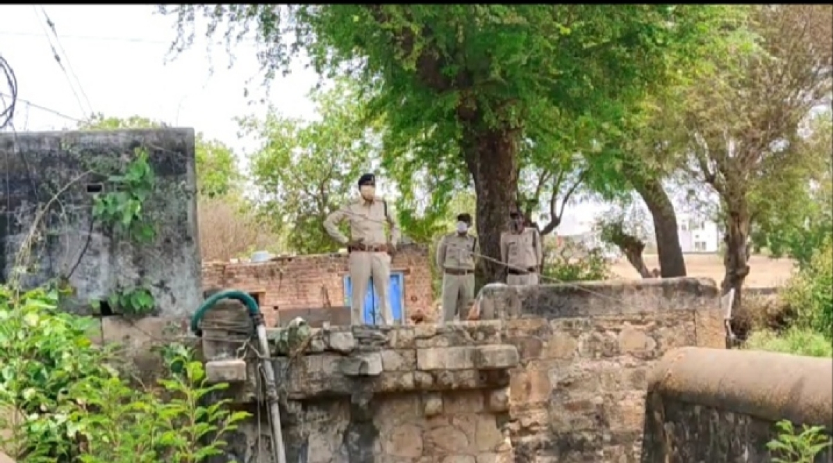 Madhya Pradesh: Covid positive man in Barwani commits suicide, was undergoing treatment at the Covid Care Centre