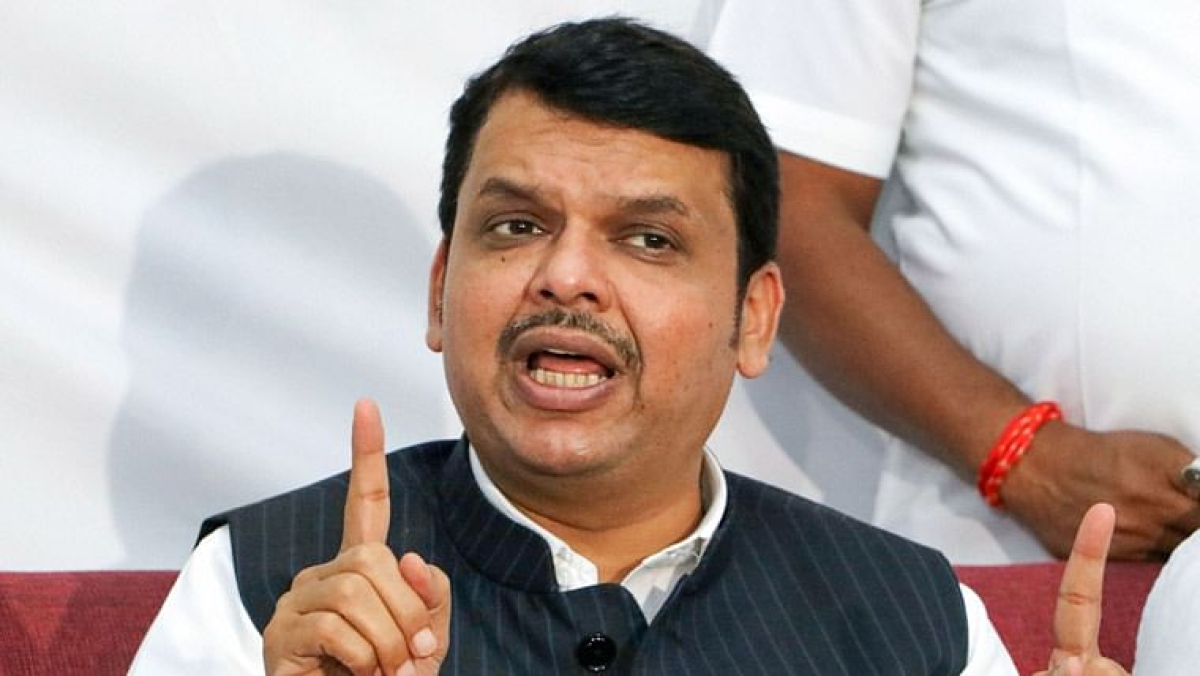 Mumbai: Don't politicise vaccine supply issue, says Fadnavis