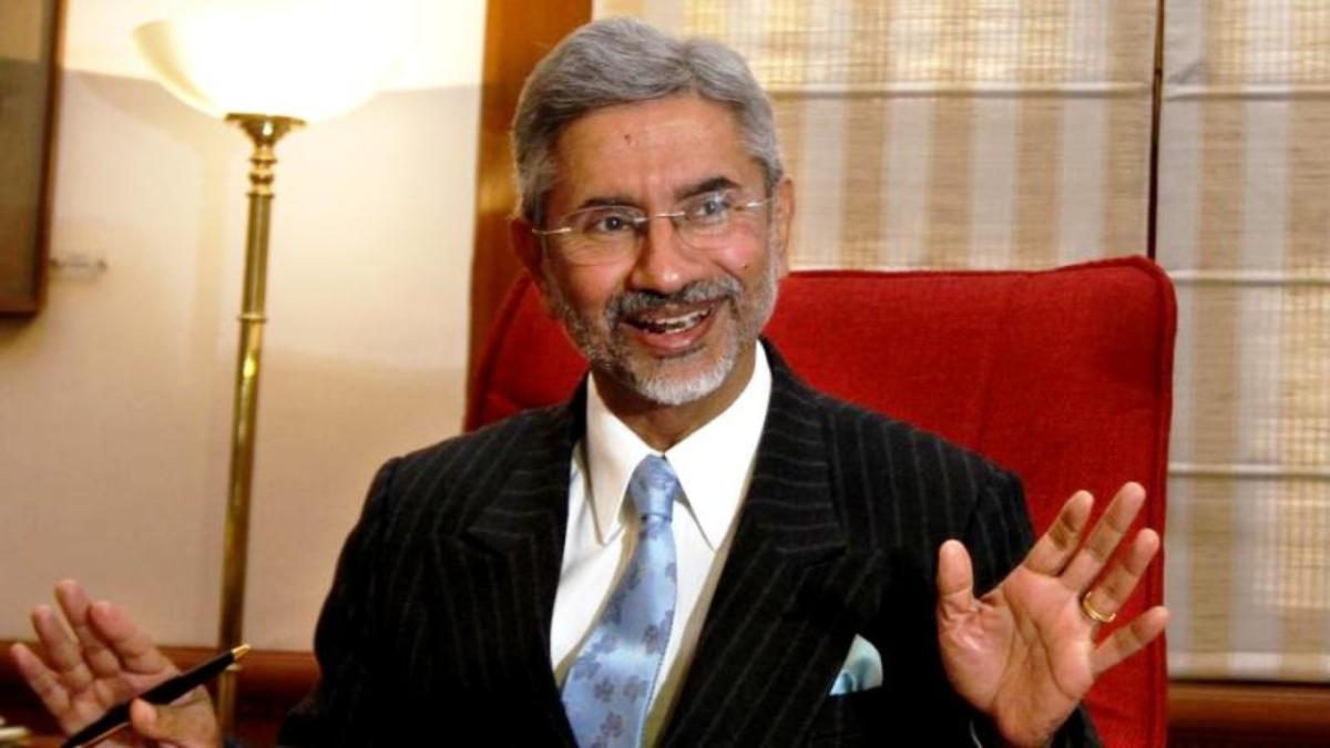 Jaishankar arrives in Abu Dhabi; meets UAE counterpart Sheikh Abdullah