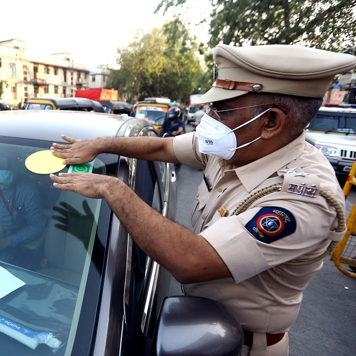Mumbai Police discontinues colour-coded emergency travel sticker system; evokes mixed feelings on Twitter
