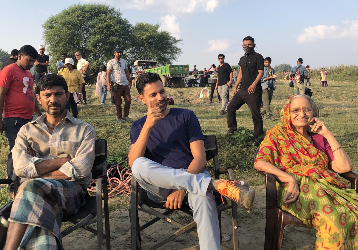 Mukul Deora - Producer, White Tiger - on the first day of the shoot seen here with actors Kamlesh Gill (granny) and Satish Kumar (Balram's father)