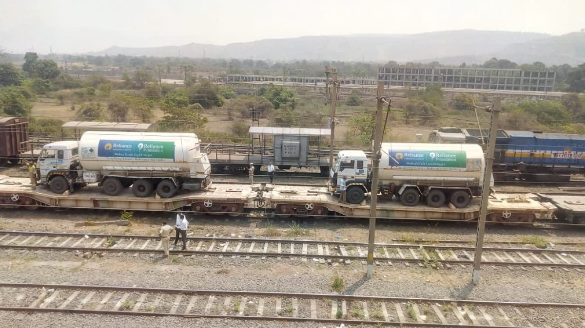 COVID-19: Oxygen express arrives in Mumbai Metropolitan Region from Gujarat