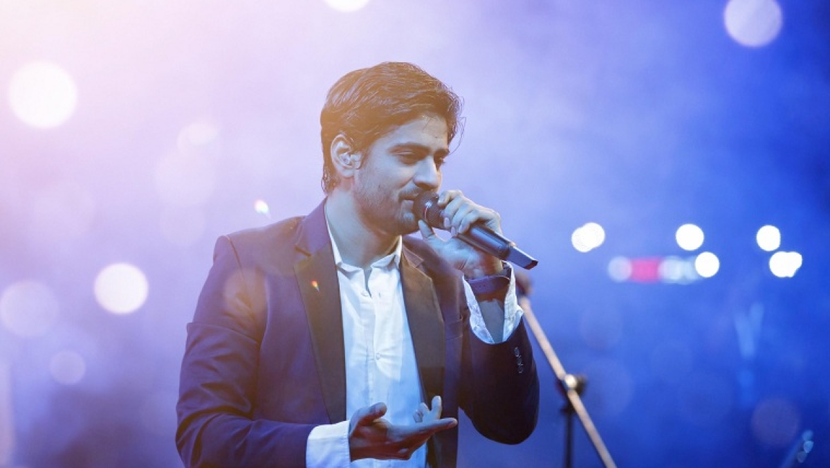 'Bulleya' singer Amit Mishra opens up about his new song, Tera Deewana, and his journey as a singer
