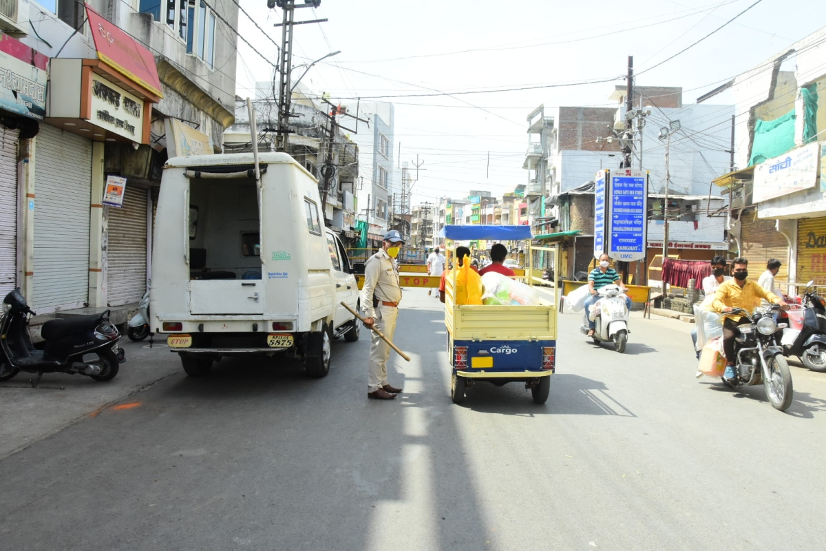 Ujjain: Janata misreads home delivery relief, defies Curfew