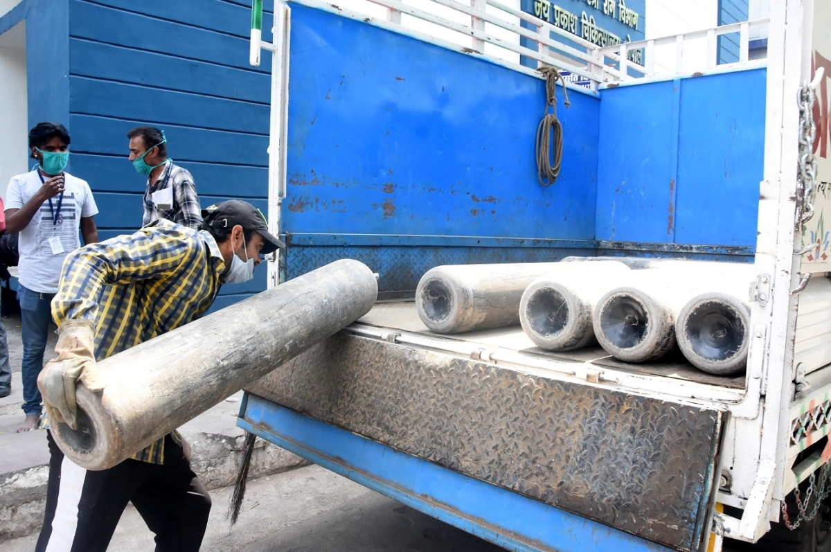 Pune: Pimpri-Chinchwad police form team for transportation of oxygen