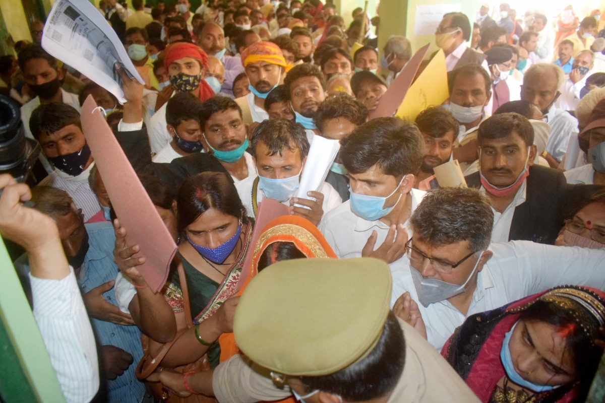 What pandemic? Social distancing goes for a toss as candidates flout Covid-19 protocol during Uttar Pradesh Panchayat Election nominations