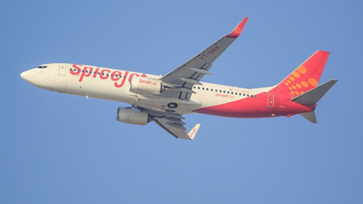 SpiceJet ground staff may go on strike over planned layoffs; gives notice to budget airline